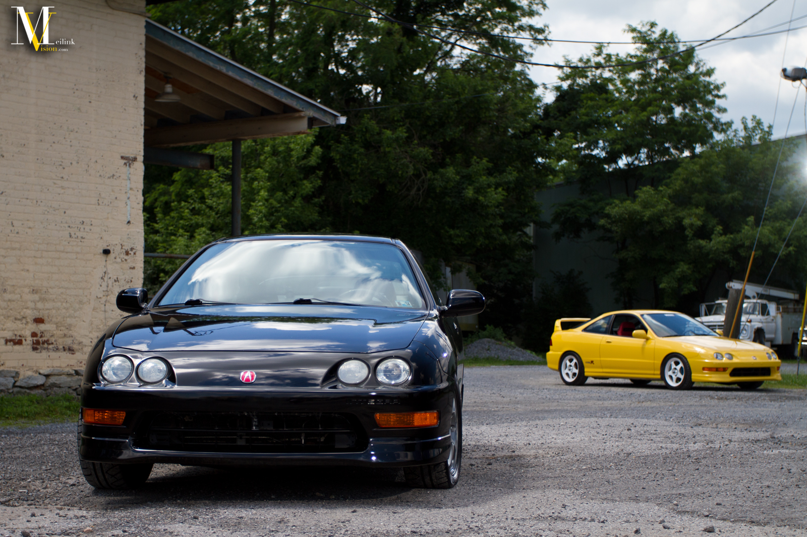 Black And Yellow on Black Acura Integra