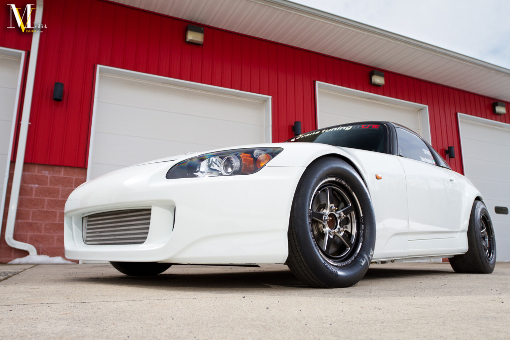 s2000_front_threequarter_lowwide